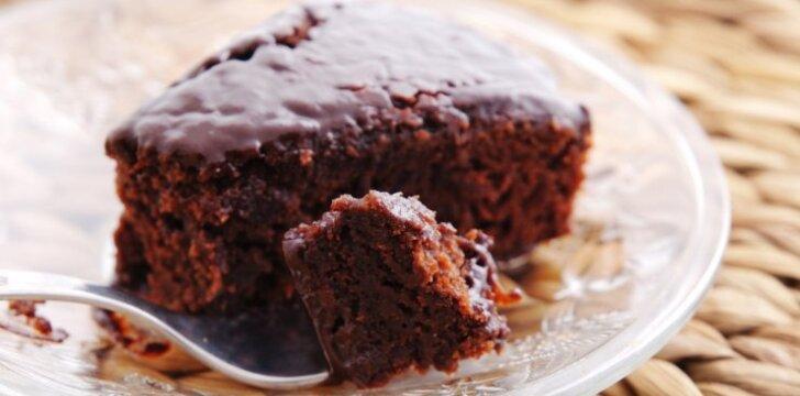 Šokoladinis burokėlių pyragas be miltų