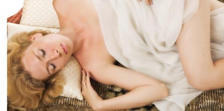 Moterų neatbaido net specialistų perspėjimai apie operacijos šalutinį poveikį.