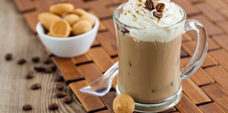 Kava su plakta grietinėle