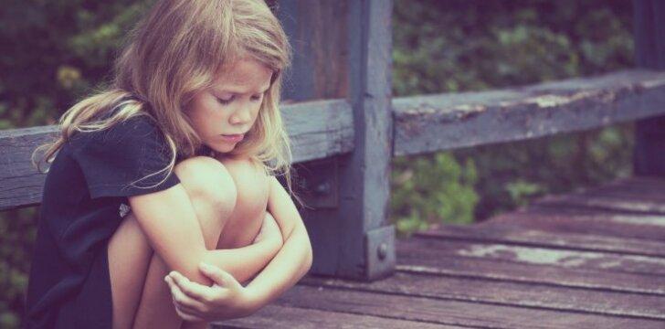 30 frazių, kurios žemina ir gniuždo vaikus