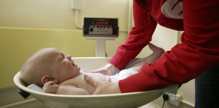 REKORDAS: gimė neįprastai daug sveriantis vaikas