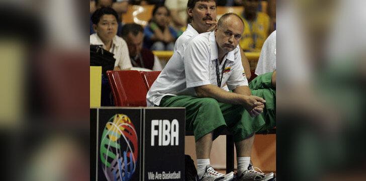 Lietuvos moterų krepšinio rinktinės treneriai Alfredas Vainauskas ir Algirdas Paulauskas