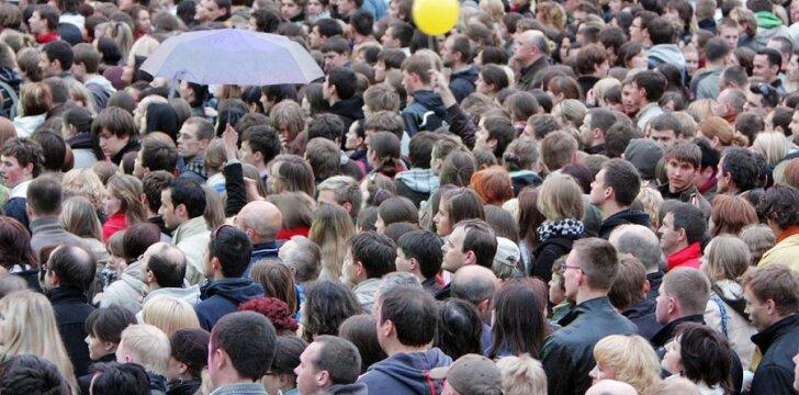 """Žmonių skaičius pasaulyje """"gali pasiekti 15 mlrd. iki 2100 metų"""""""