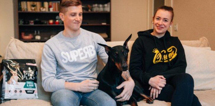 Šunų elgsenos ekspertas pataria: kaip elgtis, jei šuo, paliktas vienas namuose, loja