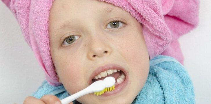 """<span style=""""color: #ff0000;"""">Interviu su odontologe:</span> kokia dantų pasta yra geriausia?"""