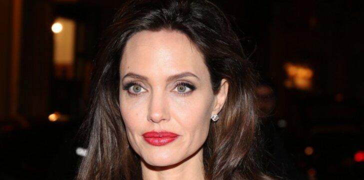 Angelinos Jolie pavyzdys užkrėtė ir Lietuvos moteris