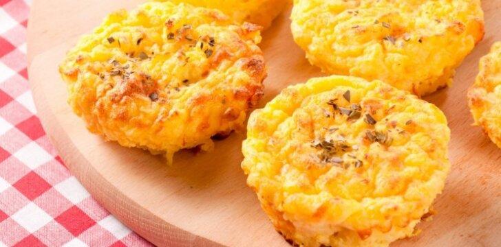 Bulvių ir sūrio keksiukai