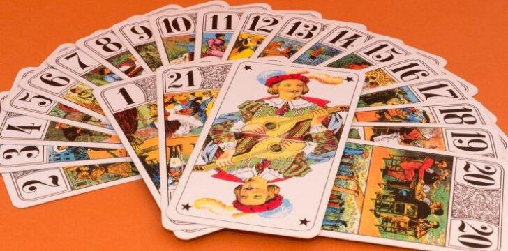 Ką Taro kortos prognozuoja jums 2016 metais