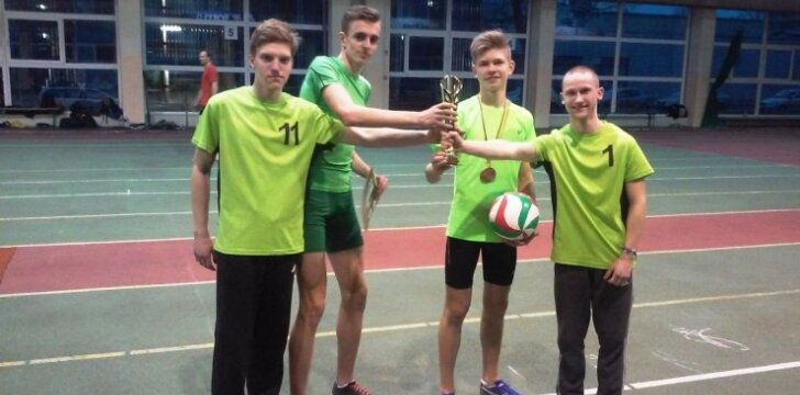 Pilaitės gimnazistai dalyvavo lengvosios atletikos varžybose