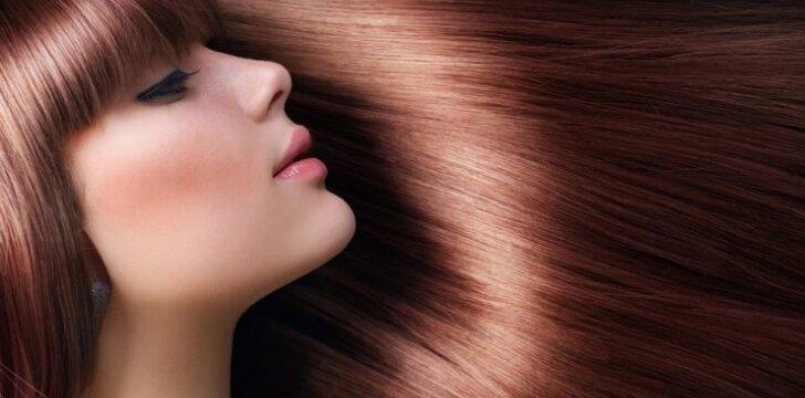 Ką kiekviena turėtų žinoti apie plaukų priežiūrą šaltuoju metu