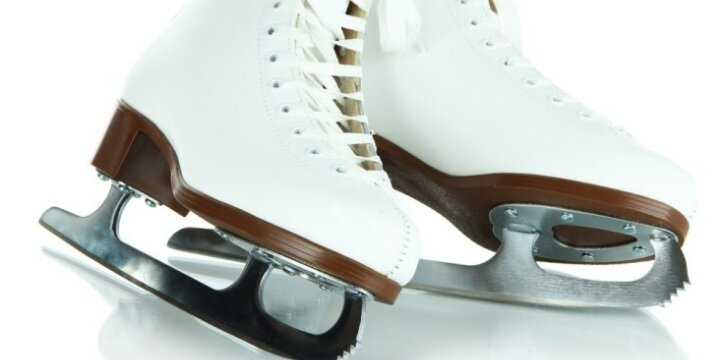 """<span style=""""color: #ff0000;"""">VIDEO:</span> 2,5 metukų šokėja ant ledo - būsima čempionė?"""