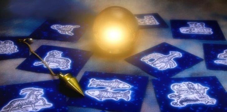 Vasario mėnesio horoskopas: apie ką šį mėnesį galvos visi
