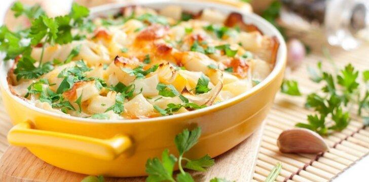 Daržovių apkepas su sūriu