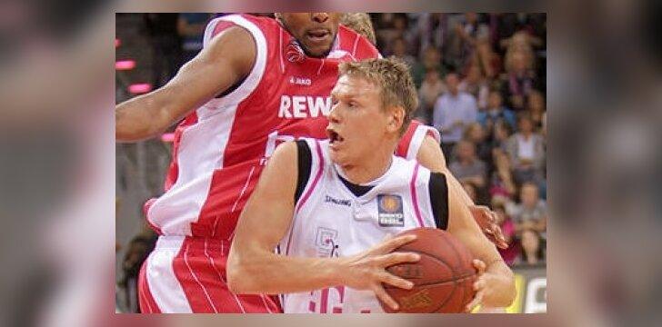 Benas Veikalas (telekom-baskets-bonn.de nuotr.)