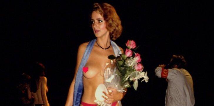 """""""Mis kojos"""" ir """"Mis krūtinė""""' 92. Maskva, 1992-ieji."""