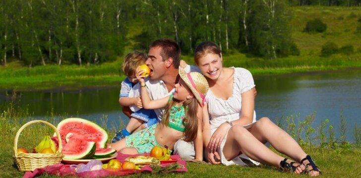"""Kaip įdomiai atsisveikinti su vasara? <span style=""""color: #ff0000;""""><sup>16 idėjų</sup></span>"""