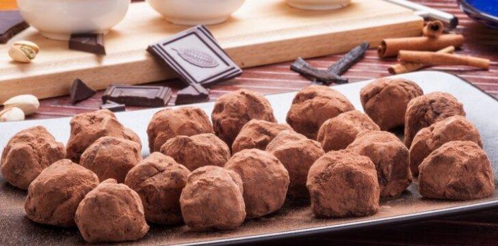 Migdoliniai šokoladiniai triufeliai