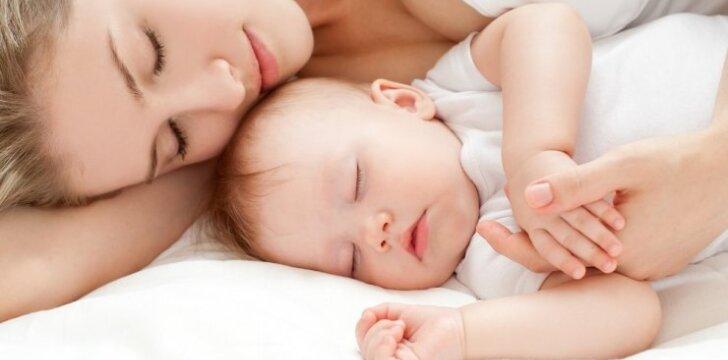 Ką valgyti žindančiai mamytei, kad kūdikis augtų sveikas
