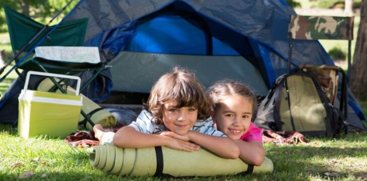 7 patarimai tėvams, išleidžiantiems vaiką į stovyklą