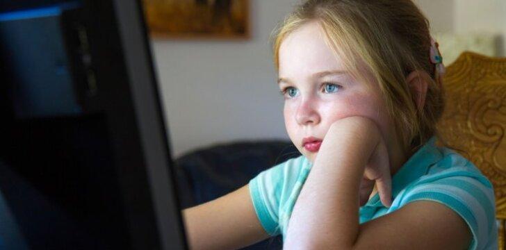"""Kai <em style=""""color: #ff0000;"""">vaikas nusimoko</em>, tėvai, norėdami gero, elgiasi ne visada protingai"""