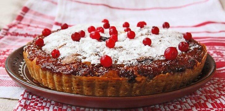 Islandiškas tortas su spanguolėmis
