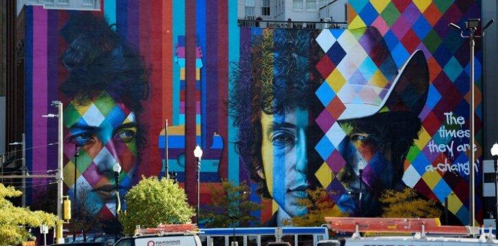 Brazilų gatvės menininko Kobros darbas, skirtas Bobui Dylanui