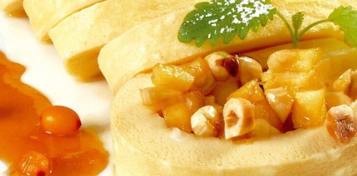 Saldus omleto vyniotinis su obuoliais