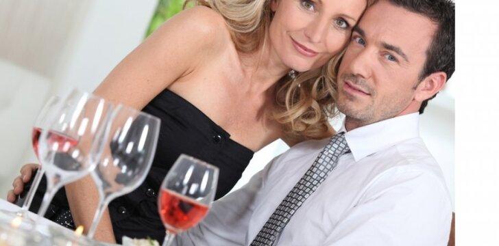 Naujoviška santuoka: sutariama gyventi atskirai, bet būti vienas kitam ištikimiems. Kiek ilgai tvers tokie santykiai?