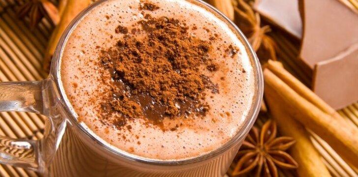 Karštas šokoladinis gėrimas