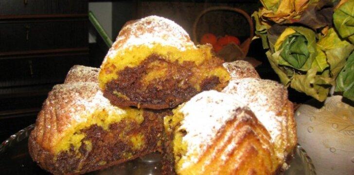 SKANUMĖLIS: Moliūgo pyragas su šokoladu
