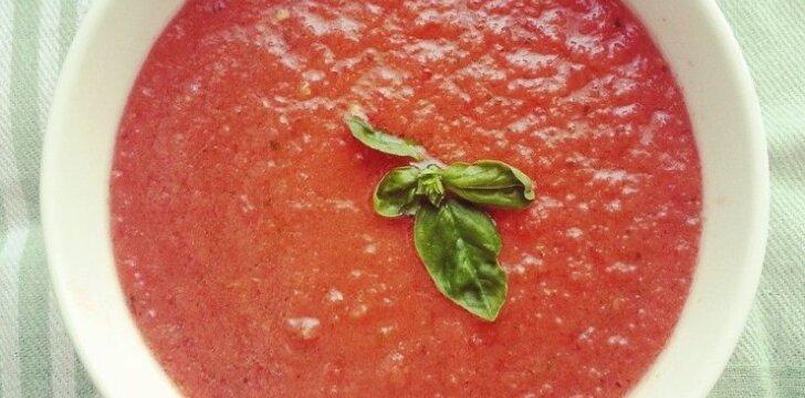 """<span style=""""color: #ff0000;"""">Karštai dienai:</span> šalta pomidorų sriuba ir gaivios salotos"""