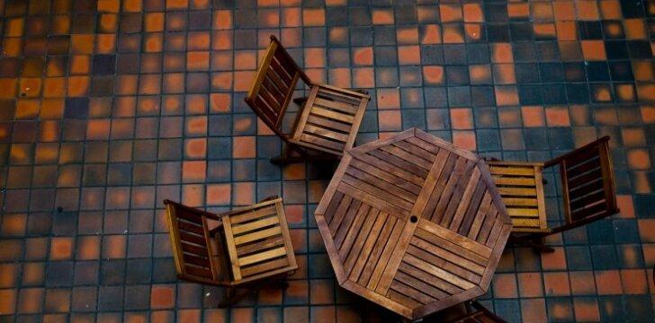 Ką reikėtų žinoti įsirengiant plytelių terasą?