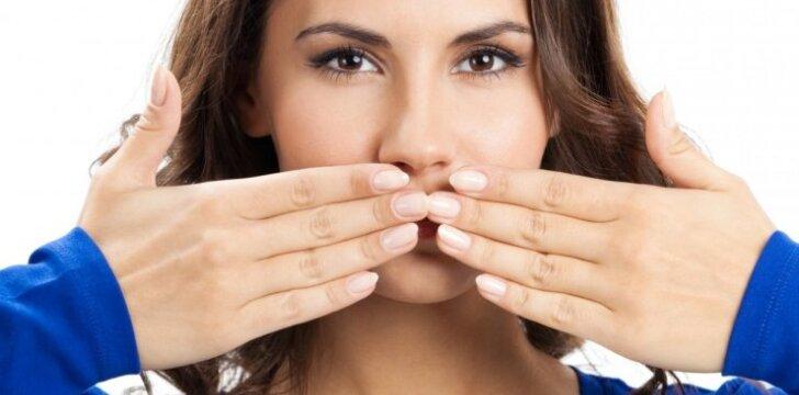 5 ženklai, rodantys, kad odai trūksta drėgmės