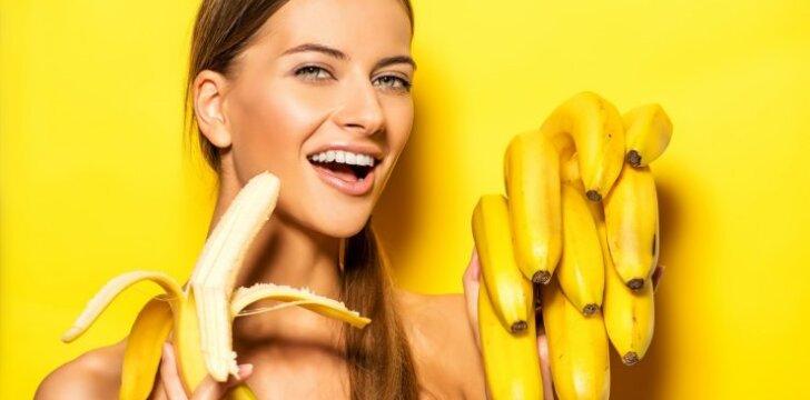"""Bananų jėga: mažina cholesterolį, įveikia mėšlungį, stiprina širdį <span style=""""color: #ff0000;"""">(kada rinktis žalius, o kada - prinokusius?)</span>"""