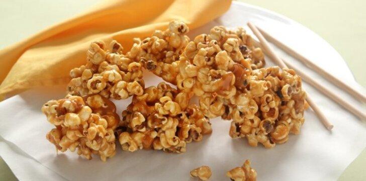 Karameliniai kukurūzų rutuliukai