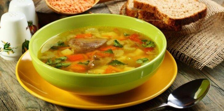 Vištienos sriuba su daigintais lęšiais