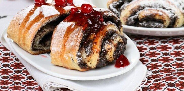 Margaspalvis mielinis pyragas