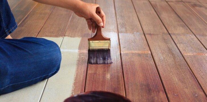 Medinių grindų atnaujinimo patarimai