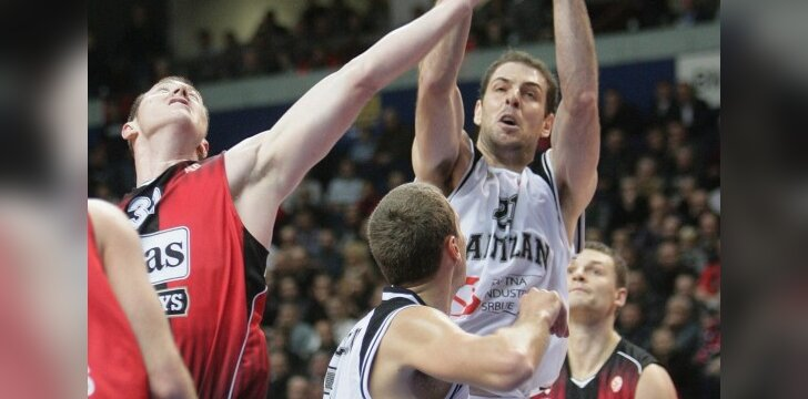 """Aleksandras Maričius (""""Partizan"""", su kamuoliu)"""