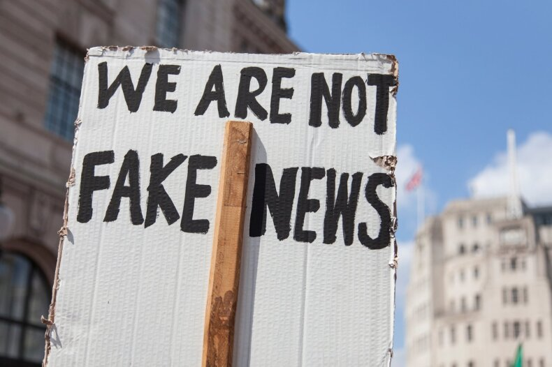 Tarp tiesos ir iliuzijos: kodėl taip sunku atpažinti melą