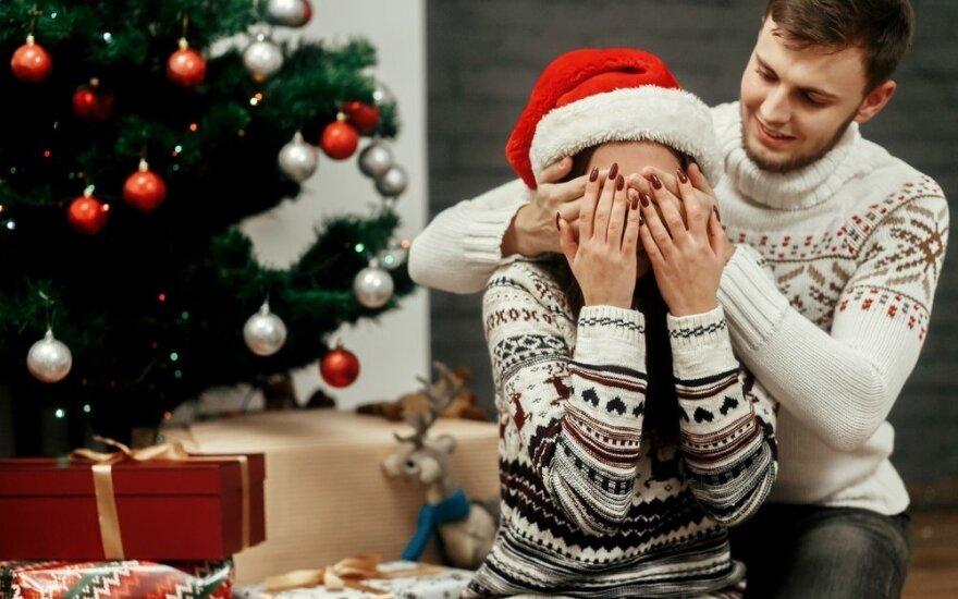 Švenčių finansai: ką dovanos ir ką norėtų gauti Lietuvos gyventojai