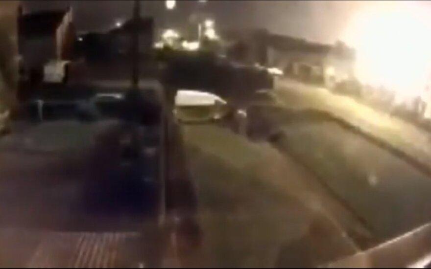 Velse per sprogimą metalurgijos įmonėje sužeisti du žmonės