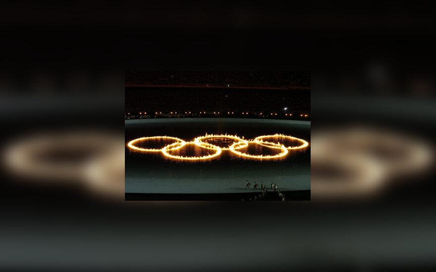 Vandenyje dega olimpiniai žiedai