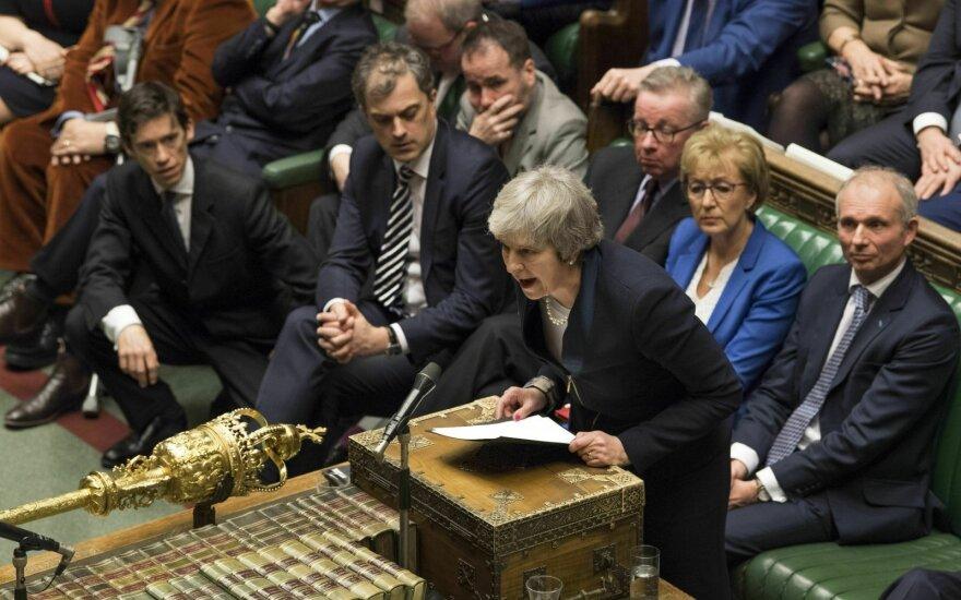 """Po susitikimo su britų parlamentarais ES nuogąstauja dėl """"Brexit"""" susitarimo"""
