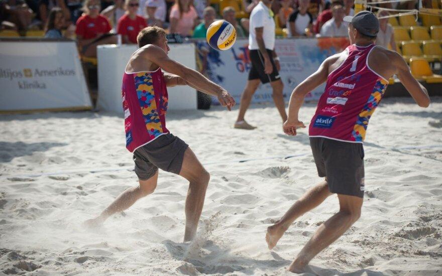 Patrikas Stankevičius ir Matas Navickas tęsia pergalingą žygį turnyre Vengrijoje