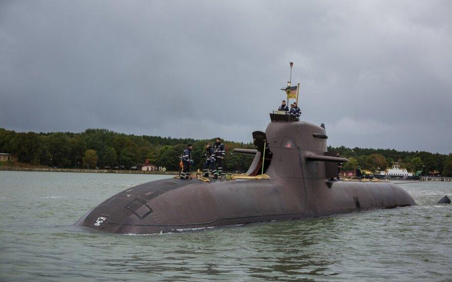 """Vokietijos karinių jūrų pajėgų povandeninis karo laivas """"U-31"""" prisišvartavo Klaipėdos jūrų uoste"""