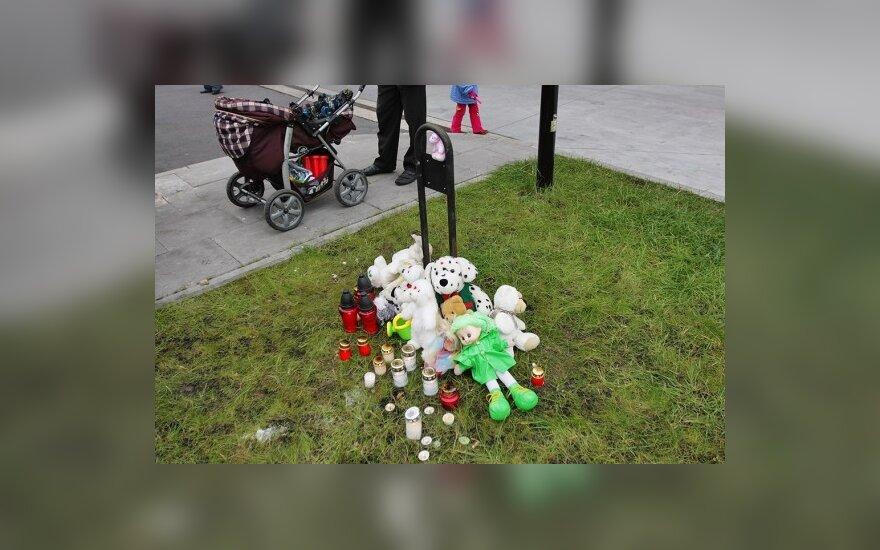 Per Lietuvą ritasi protestų prieš pedofiliją banga