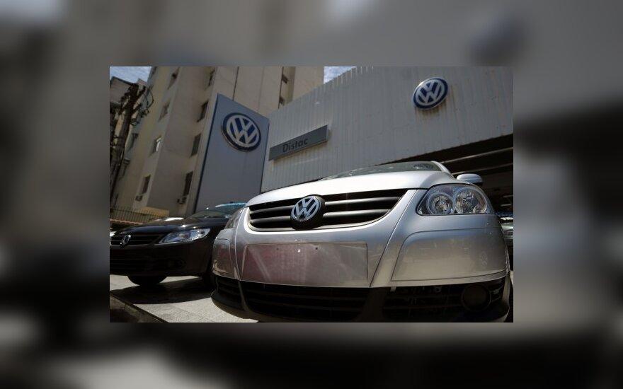 """""""Volkswagen"""" įsigijo didžiausią Europoje automobilių prekybos tinklą"""
