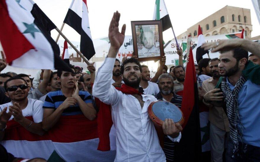 Sirijoje nužudyti šeši karo lakūnai, pranešė valstybinė televizija