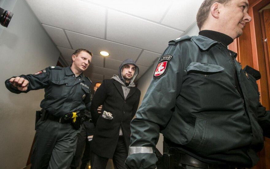 """Švenčionių r. pareigūnų laiškas: pažįstame per neatsargumą į """"Kalašnikov"""" skandalą įsivėlusius policijos patrulius"""